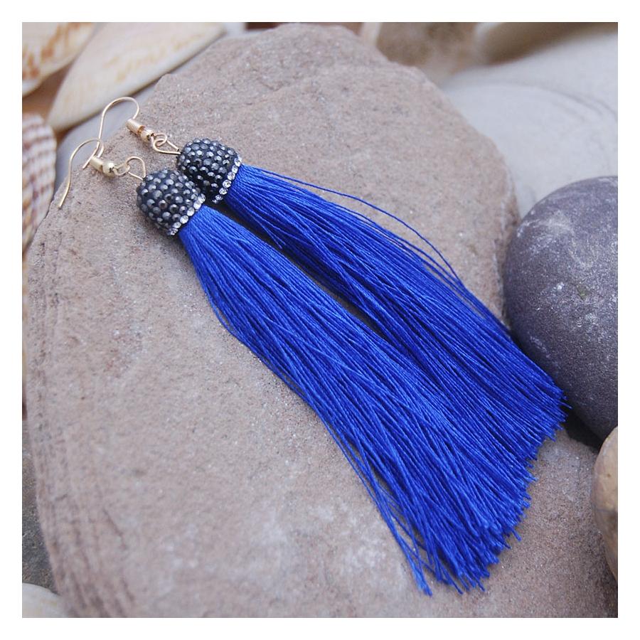 Pendientes azules de flecos
